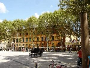 piazza-napoleone